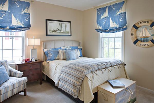 Спальня в морському стилі