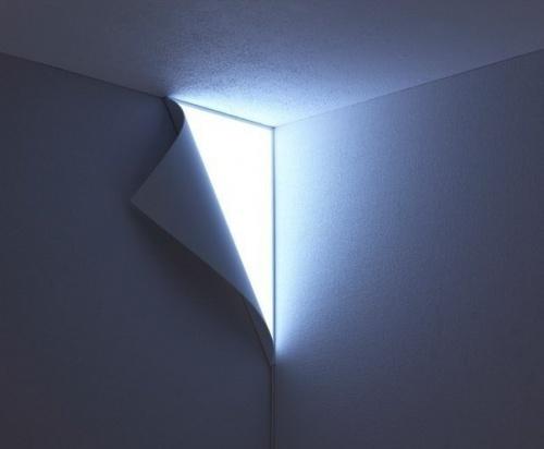 Але залишити світло в самому темному кутку, щоб не було страшно