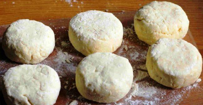 Класичні сирники на сковороді - рецепт приготування