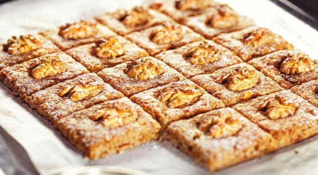 Печиво з волоськими горіхами - рецепт приготування