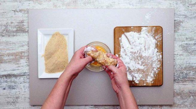 Курячі ковбаски з сиром - рецепт приготування
