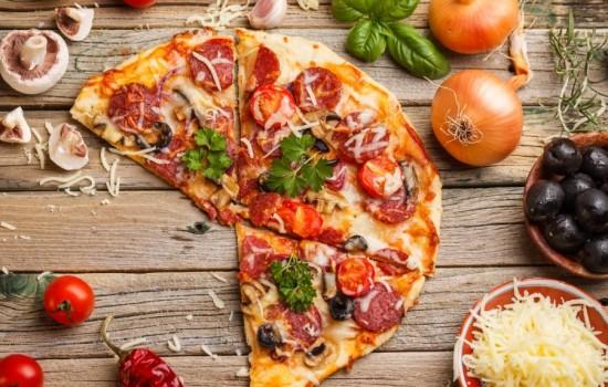 Сир для піци. Який сир використовувати для піци
